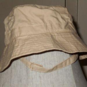 Bucket Chin Strap hat